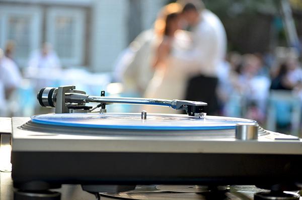 Acompaña tu casamiento con los mejores géneros musicales